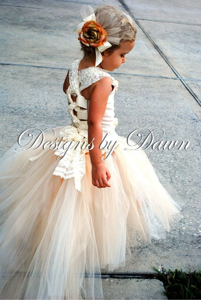 Foto do Site http://followpics.me/so-cute-custom-made-champagne-flowergirl-dress-corset-top-tutu-skirt-with-train-and-hair-clip-size-12m-5t-custom-sizes-and-colors-available-85-00-going-to-be-deff-trinitys-flower-girl-dress-whe/