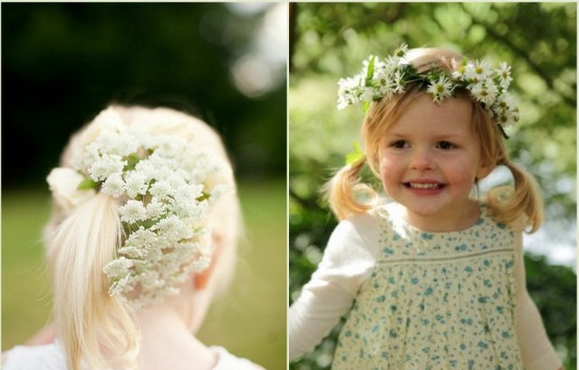Foto do Site http://besthairstylesgallery.com/wedding-hairstyles-for-flower-girls-with-short-hair-2/